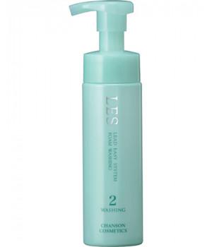 Очищающая пенка для чувствительной кожи LES CLEAR WASHING, 180 мл